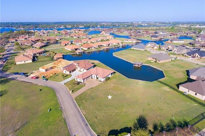 Catalina bay granbury development