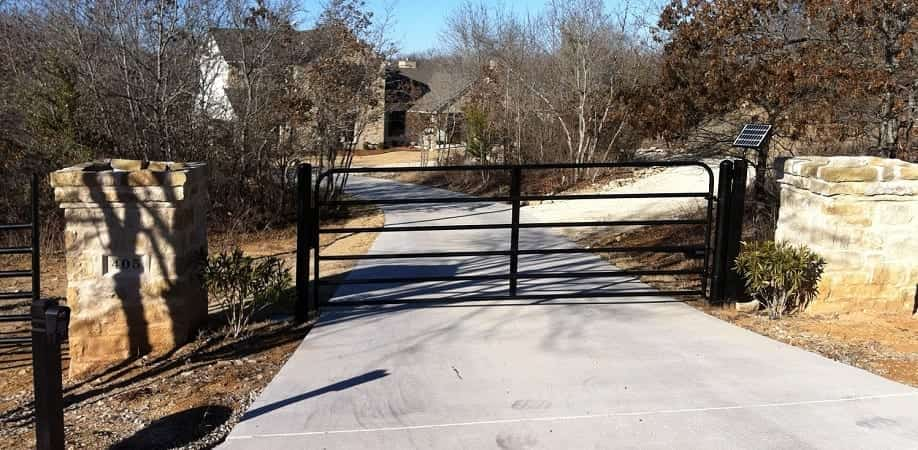 Solar Powered Automated Pipe Ranch Gate